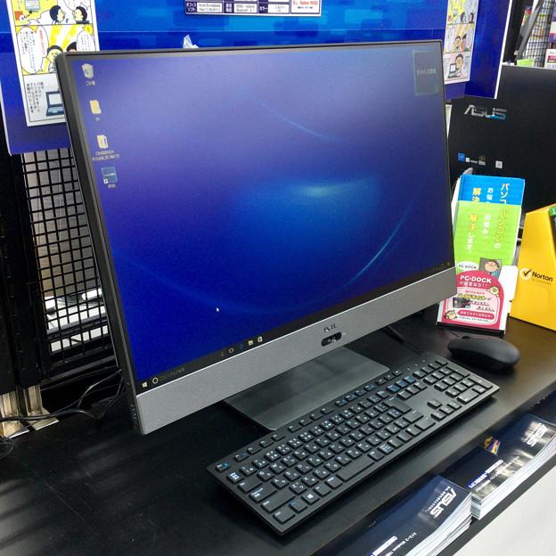DELLの一体型PC「Inspiron 27 7000 フレームレスデスクトップ」 - 2