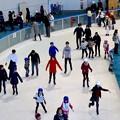 結構賑わってたモリコロパークのアイススケート場 - 4