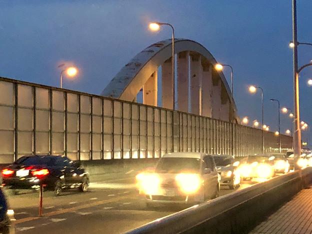 庄内川に架かる橋の名二環横の歩道 - 2