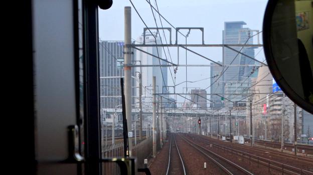JR中央線の車内から見た名駅ビル群 - 3