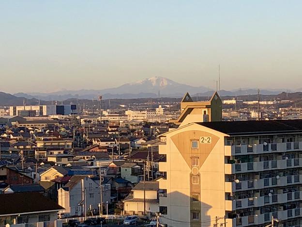 県営岩崎住宅(岩崎団地)から見えた、雪を戴く御嶽山 - 6
