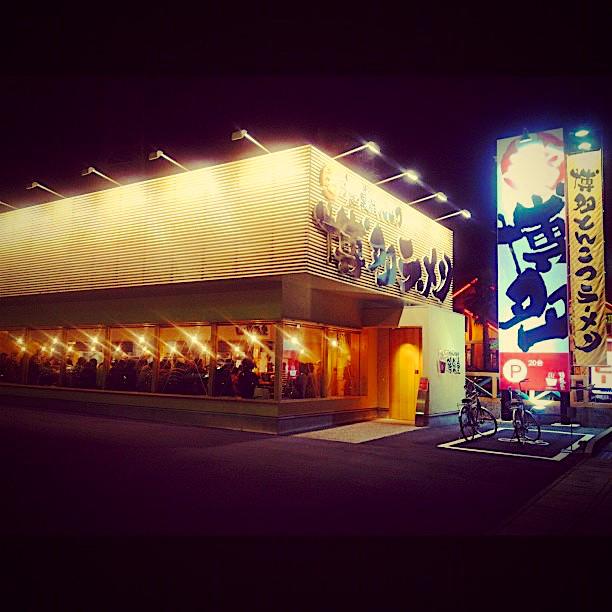 満席だった夜の鶴亀堂(2012年3月)- 2