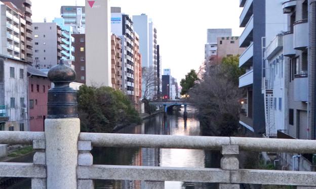 日没間際の五条橋から見た堀川(南側)