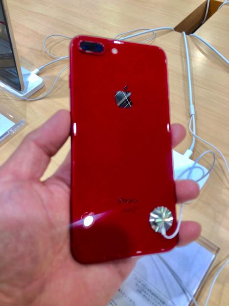 iPhone 8 Plus REDモデル - 3