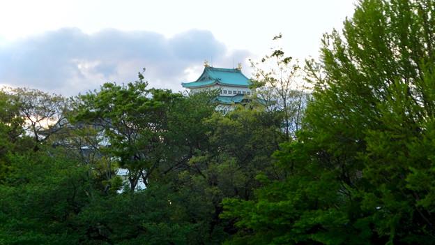 愛知県体育館2階から見た名古屋城天守閣 - 2