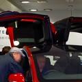 写真: 名古屋駅コンコースで展示されてたTesla「Model S」 - 3:ガルウィング