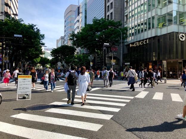 栄ミナミ音楽祭の日だったのもあって大勢の人がいた大津通歩行者天国(2018年5月) - 3
