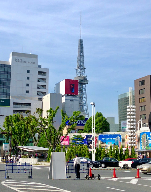 大津通から見た名古屋テレビ塔