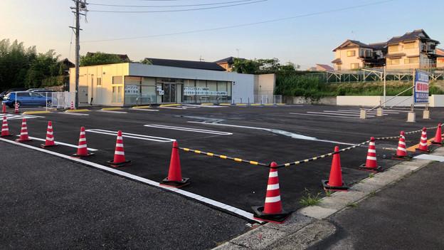 写真: 近所に建物だけ出来ていたコンビニ(ローソン)が6月に開店!? - 2