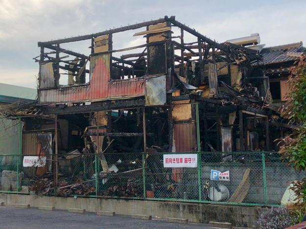 小牧市本庄の工業団地内の火災現場 - 2