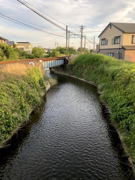 名鉄小牧線沿いを流れる川(味岡-田方神社前間) - 1
