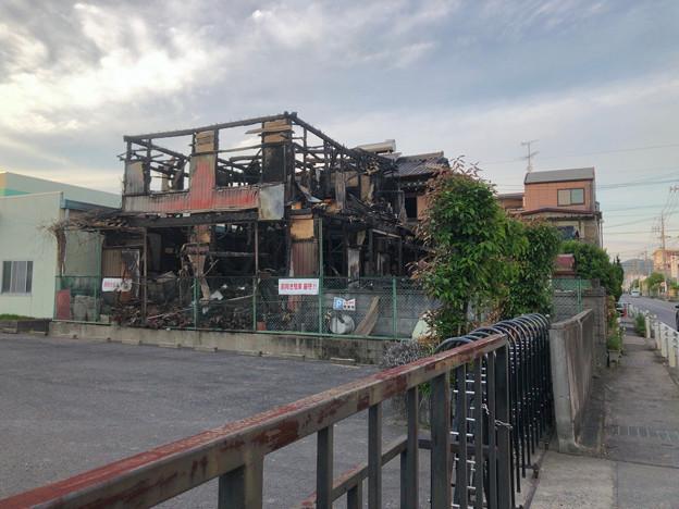 小牧市本庄の工業団地内の火災現場 - 1