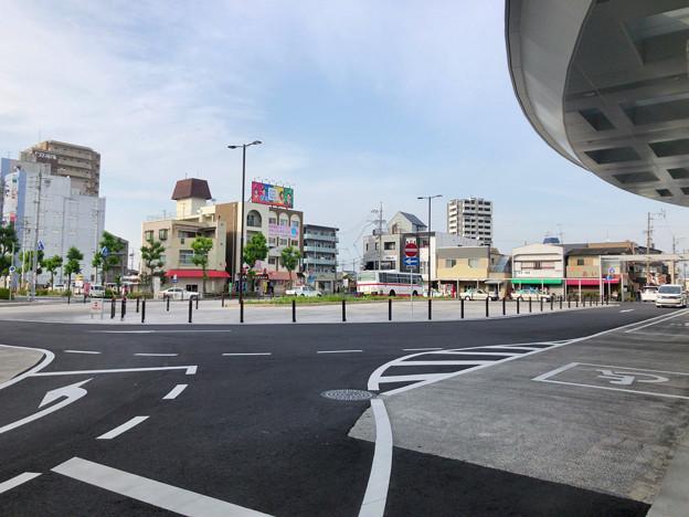整備が完全に終わっていたJR春日井駅北口(2018年5月26日) - 2:ロータリー中央部はバス待機場に
