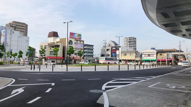 整備が完全に終わっていたJR春日井駅北口(2018年5月26日) - 3:ロータリー中央部はバス待機場に