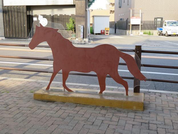 中京競馬場まで続く道「フローラルウォーク」 - 2:馬のパネル