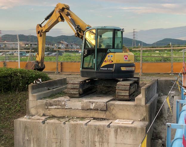 桃花台線の旧車両基地進入高架撤去工事(2018年6月18日):反対側の撤去も開始 - 5