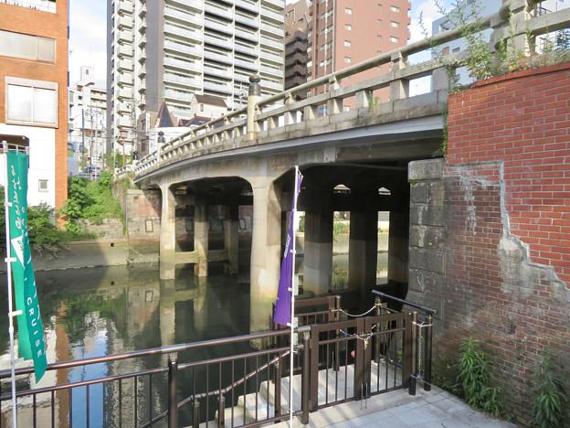 堀川沿いから見上げた五条橋 - 1