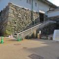 耐震性に問題あるため閉鎖された名古屋城天守閣入り口(※木造復元とは関係なし) - 1