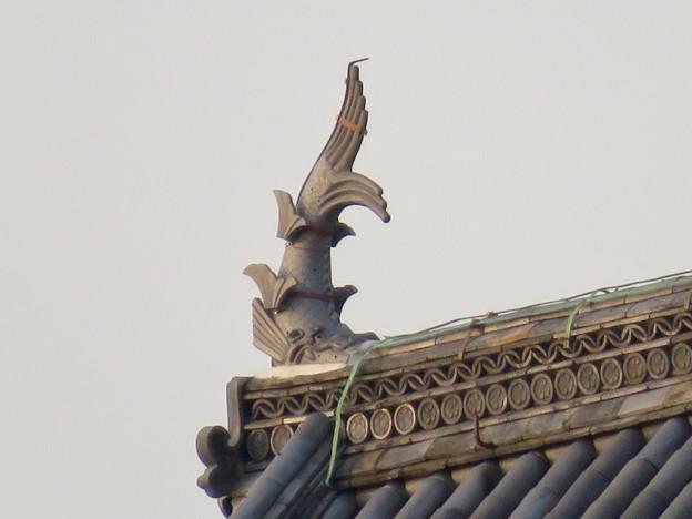 様々な角度から見た犬山城に新たに設置されたシャチホコ - 4