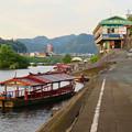Photos: 木曽川沿いから見た鵜飼い No - 3