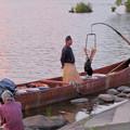写真: 木曽川沿いから見た鵜飼い No - 11