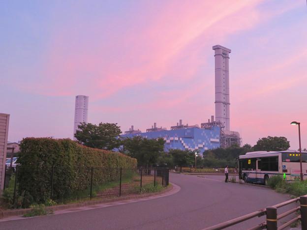 間近から見た中部電力 新名古屋火力発電所 - 1