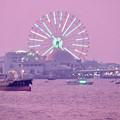 Photos: 潮見埠頭に架かる橋の上から見たガーデンふ頭と名古屋みなと祭の花火を見る為に集まった沢山の船 - 4