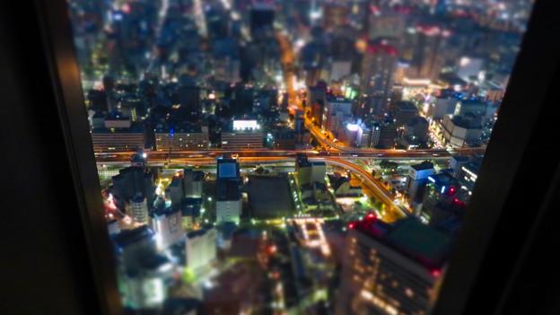 SX730HS ミニチュアライズ:スカイプロムナードから見た夜景 - 5(名古屋高速 新洲崎JCT)