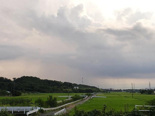 入道雲の下、豪雨が降ってたと思われる辺り - 1