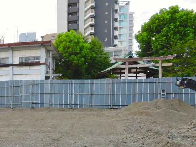 すっかり更地になっていた旧・大須中公設市場跡地(2018年9月2日) - 4:反対側の三輪神社