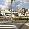 写真: 落合公園そばの移転予定のローソン、駐車場も改装中?(2018年9月6日)
