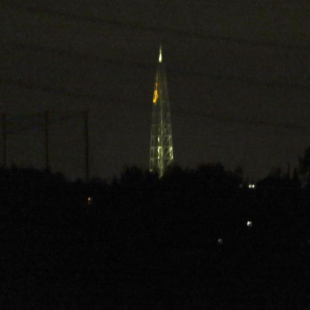 桃花台ニュータウン内から見た夜の瀬戸デジタルタワー