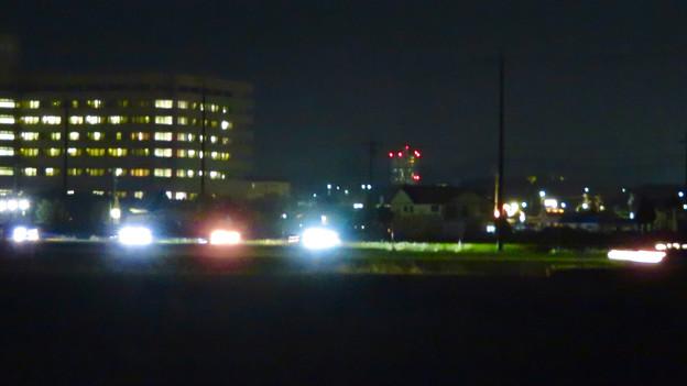 春日井市内の田んぼ沿いから見たスカイステージ33 - 1