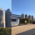 写真: Camera7で撮影した「くりの木ランチ」のタンクに描かれた豚 - 3