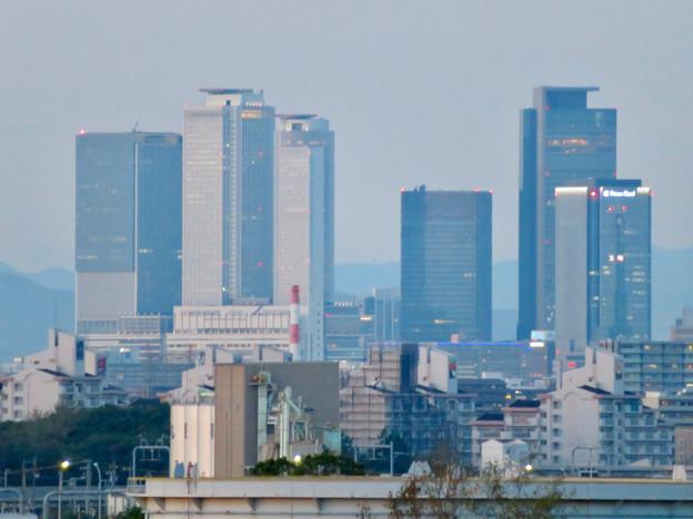 金城ふ頭駐車場から見た景色 - 5:名駅ビル群とグローバルゲート