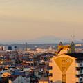 写真: 県営岩崎住宅から見た夕暮れ時の御嶽山 - 1