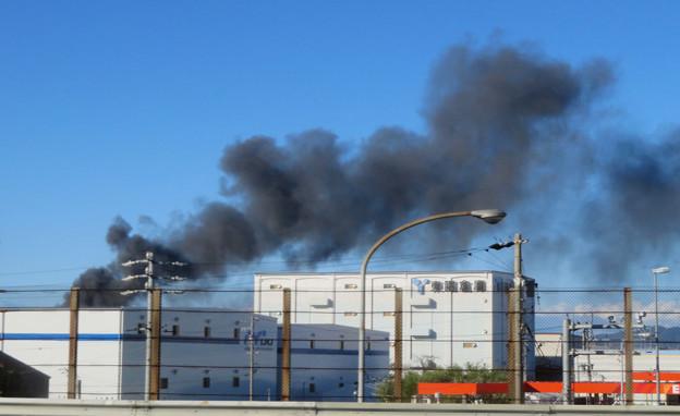 東名高速走行中の高速バスから撮影した国盛化学の火事 - 41