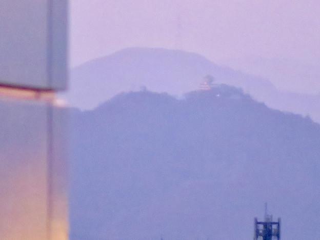 エアポートウォーク名古屋 No - 5:スカイデッキから見えた岐阜城(金華山)