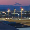 Photos: エアポートウォーク名古屋 No - 15:夕暮れ時のスカイデッキから見た景色