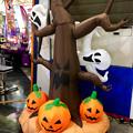 写真: エアポートウォーク名古屋:ゲームセンターに置いてあったハロウィン装飾