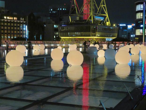 沢山の人が記念撮影してたオアシス21「水の宇宙船」 - 3