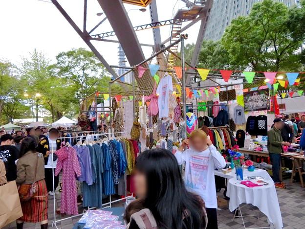 Social Tower Market 2018 No - 17