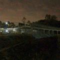 桃花台線の桃花台中央公園南側高架撤去工事(2018年11月5日):撤去予定の高架に足場の設置開始 - 5