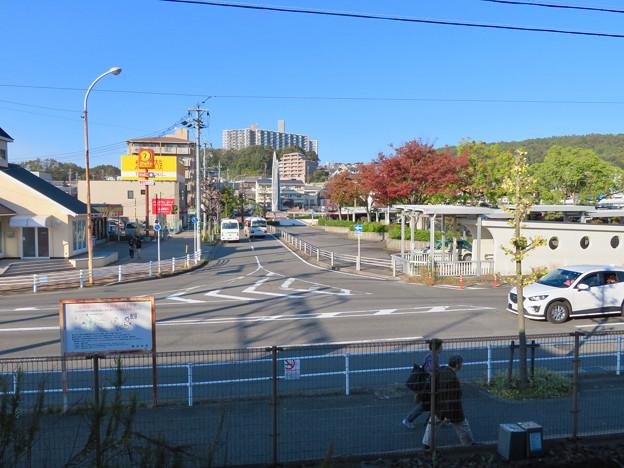 高蔵寺駅ホームから見た駅前シンボルの塔(?) - 1