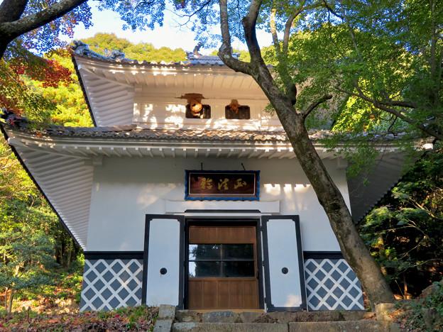 秋の定光寺 No - 10:お堂