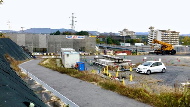 桃花台線の桃花台中央公園南側高架鉄橋工事(2018年11月16日) - 3