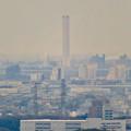 Photos: 定光寺展望台から見た景色:三菱電機稲沢製作所のエレベーター試験棟 - 2