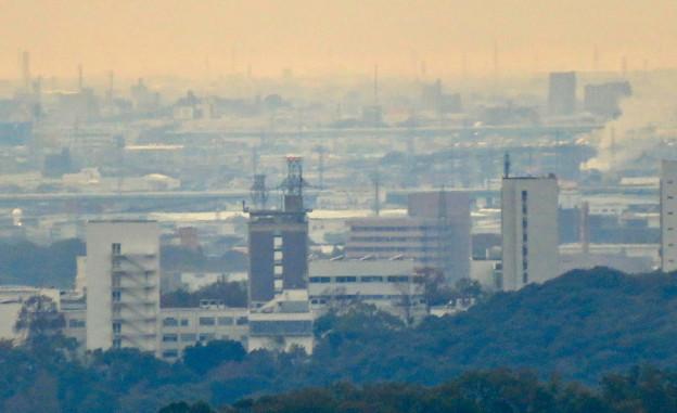 定光寺展望台から見た景色:中部大学の校舎 - 2