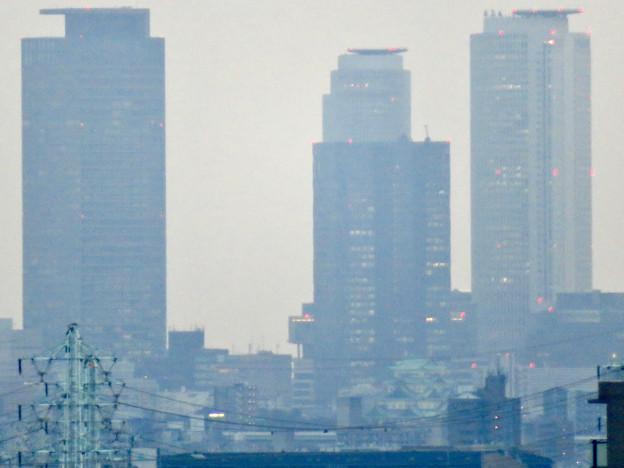 落合公園水の塔から見た名駅ビル群 - 2:名駅ビル群と名古屋城