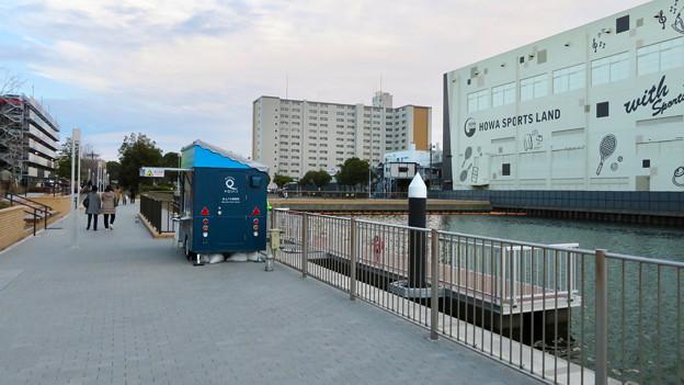 ららぽーと名古屋みなとアクルス前の中川運河水上バス(クルーズ名古屋)の乗船場 - 9